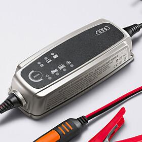 Audi Acculader