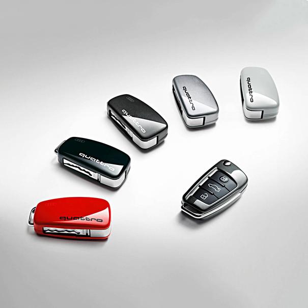 Audi Sleutelcover Floret zilver, quattro