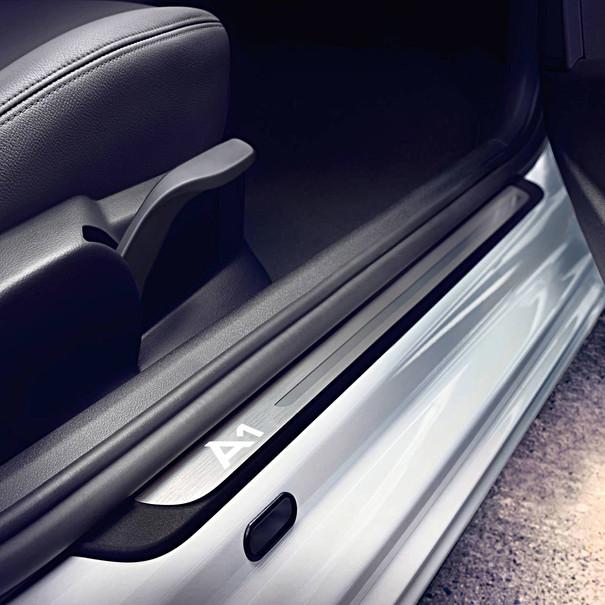 Audi Verlichte instaplijsten, A1 3-deurs