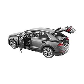 Audi Q8 modelauto, 1:18