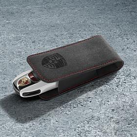 Alcantara sleuteletui met Porsche logo