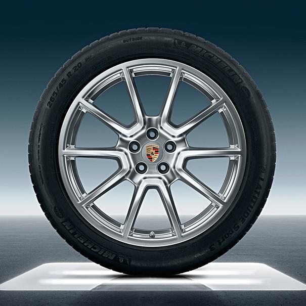 Porsche 20 inch Macan SportDesign met zomerbanden