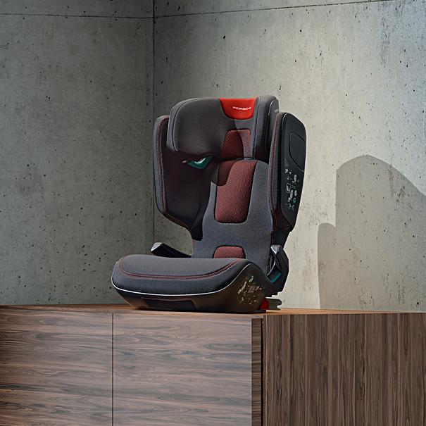 PORSCHE Junior Seat i-Size