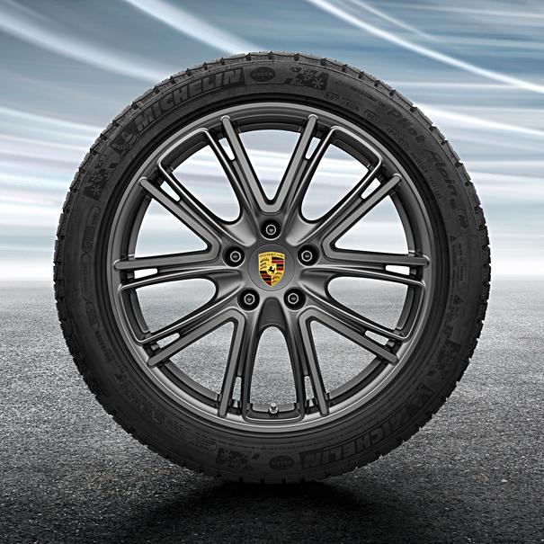 Porsche 20 inch Exclusive Design Platinum complete winterset voor Panamera G2