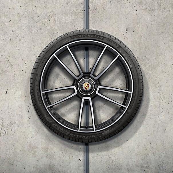 Porsche 20/21 inch 911TurboS complete winterwielenset