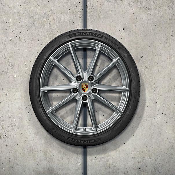 Porsche 20/21 inch Carrera S complete winterset voor 992