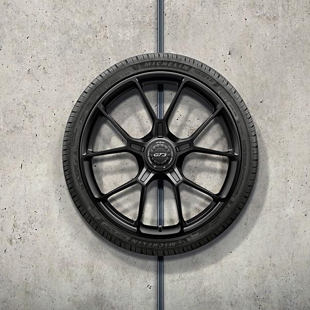 Porsche 20/21 inch GT3 complete winterwielenset, in zwart gespoten (zijdeglans)