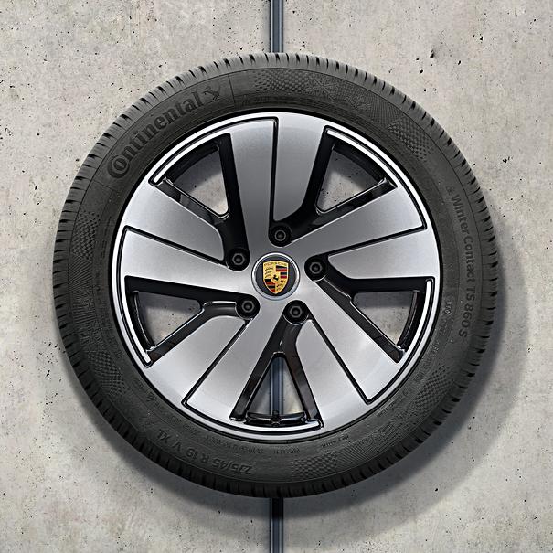 Porsche 19 inch Taycan S Aero complete winterset voor Taycan