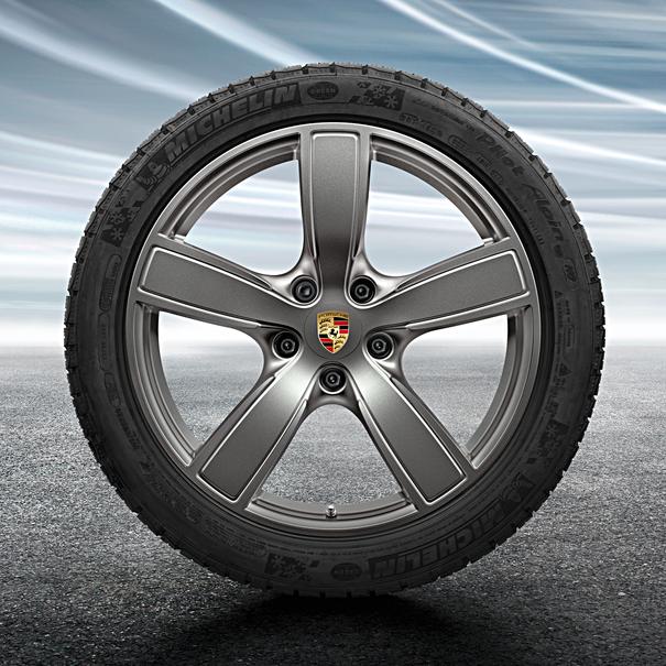 Porsche 20 inch Cayenne Sportclassic Platinum complete winterset voor Cayenne (E3)