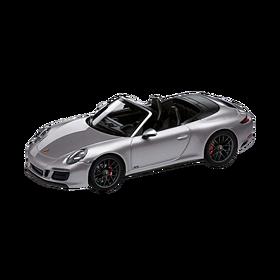 Porsche 911 Carrera 4 GTS Cabrio (991.2), 1:43