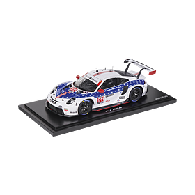 Porsche 911 RSR #911 IMSA Farewell (992), Limited Edition, 1:18