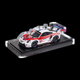 Porsche 911 RSR #912 IMSA Farewell (992), Limited Edition, 1:18