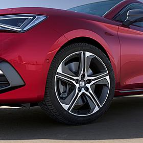 SEAT 18 inch lichtmetalen zomerset 5-spaaks Diamond Cut