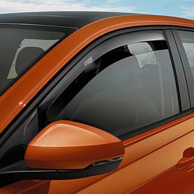 Volkswagen Windgeleiders Polo, voorportieren
