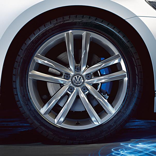 Volkswagen 18 inch lichtmetalen zomerset, zelfdichtend, Dartford