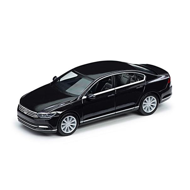 Volkswagen Passat B8 Limousine, 1:87, Deep Black Perleffect